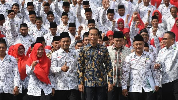 Amien Rais Gaungkan Revolusi Moral untuk Lawan Slogan Jokowi