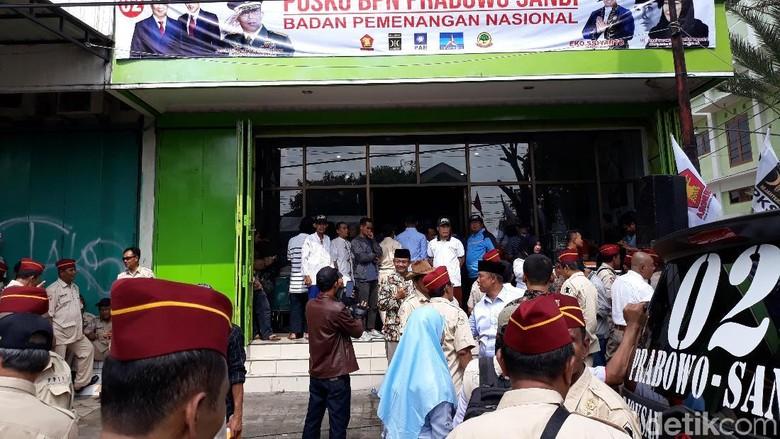 Ini Penampakan Posko Prabowo di Dekat Rumah Jokowi
