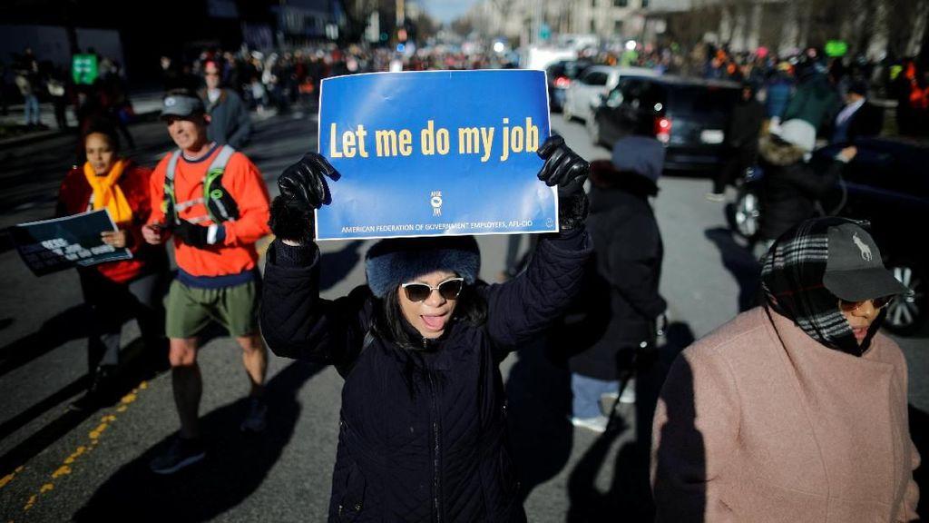 Begini Ramainya Aksi Demo Tolak Penutupan Pemerintah AS