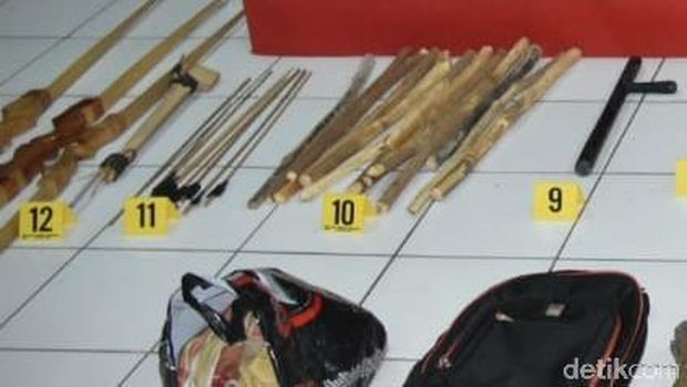 Ini Senjata Sitaan Polisi usai Bentrok dengan Pelaku Sweeping