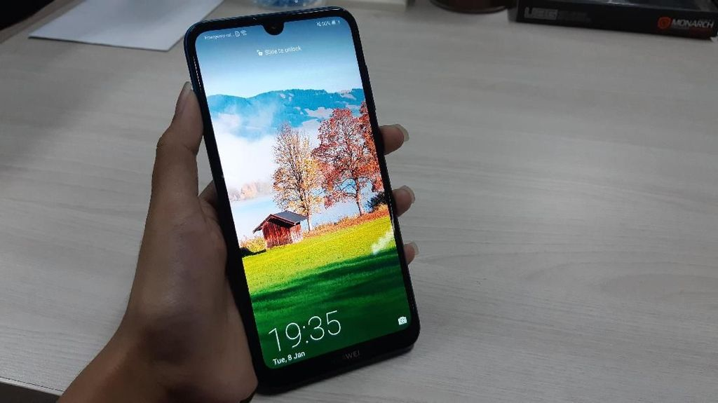 Awali 2019, Huawei Suguhkan Ponsel untuk Milenial