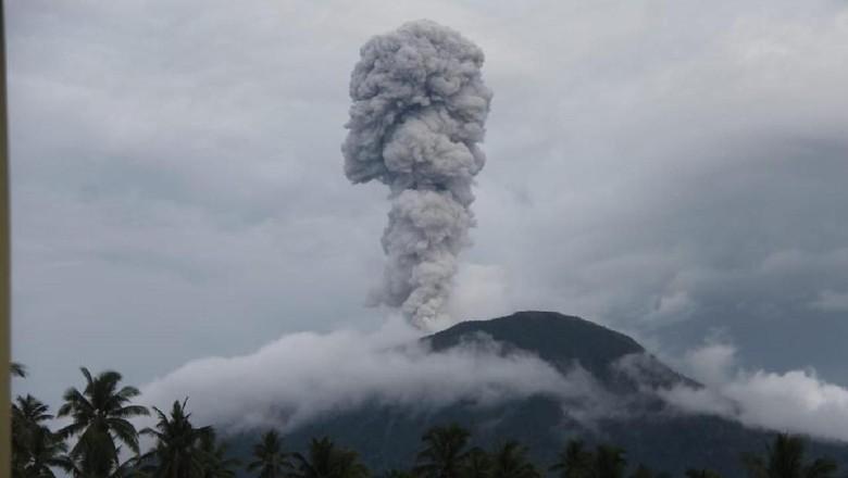 Gunung Ibu Meletus, Status Waspada