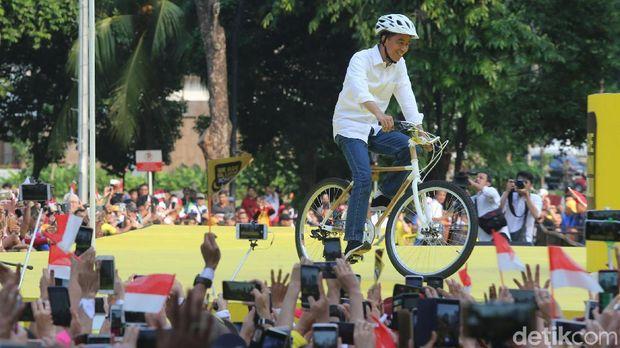 Banyak yang penasaran, sepeda kok dari bambu?