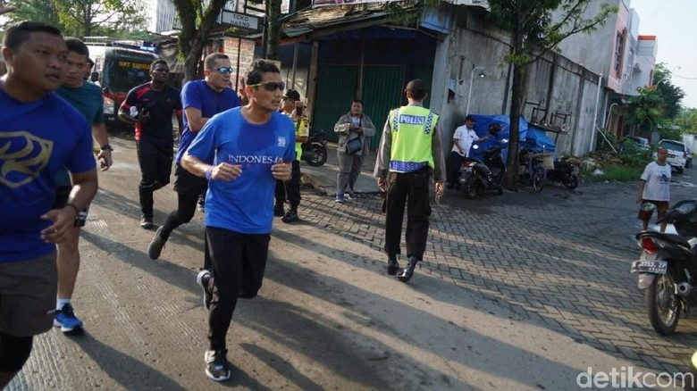 Sandiaga Lari Pagi di Grobogan dan Santap Tempe Setebal Dompet