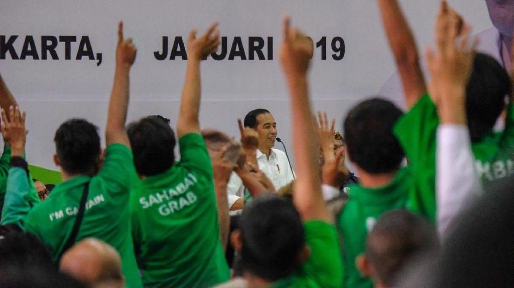 Tak Ingin Ojol Diremehkan, Jokowi: Penghasilan Mereka Besar