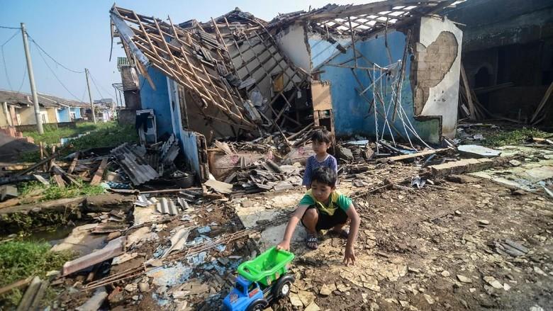 Begini Kerusakan Akibat Puting Beliung di Kabupaten Bandung