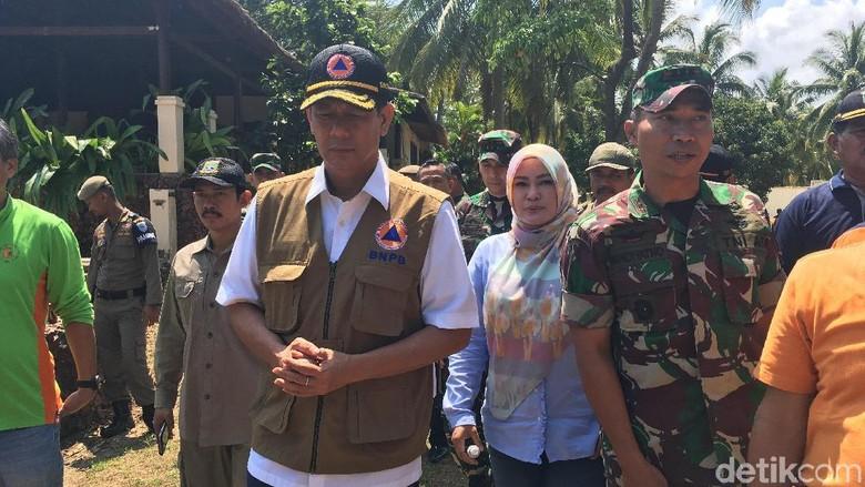 Kepala BNPB Minta Pantai Ditanam Pohon untuk Tahan Tsunami
