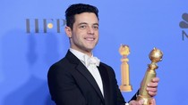 Datang ke Golden Globes, Rami Malek Dandan Pakai Foundation Rp 600 Ribu
