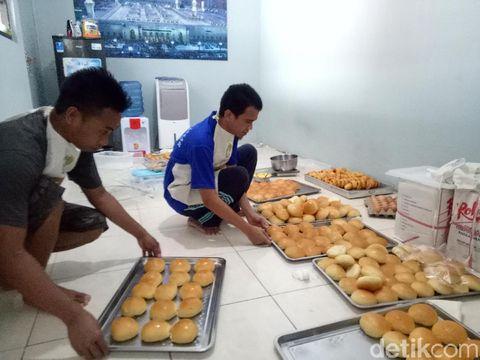 Empuk Enak Roti dan Donat Buatan Warga Binaan Lapas Makassar