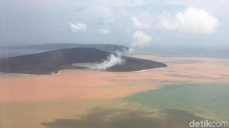 Status Gunung Anak Krakatau Turun Jadi Waspada, Jarak Aman 2 Km dari Kawah