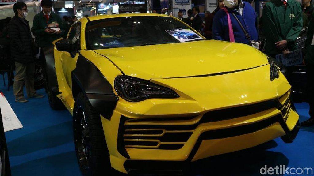 Replika SUV Lambo dari Mobil Toyota