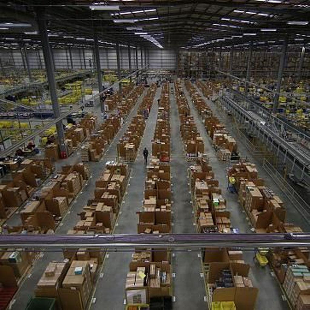 Pembeli Amazon Dikirim Barang Random, Tamborin Sampai Kondom