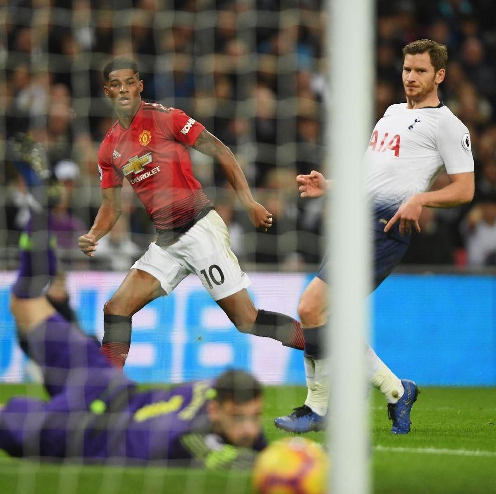 Rashford Bawa MU Memimpin 1-0 atas Tottenham di Babak Pertama