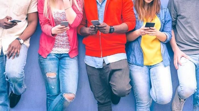 Apakah kamu merasa punya tanda-tanda orang yang kecanduan media sosial? (Foto: Shutterstock)