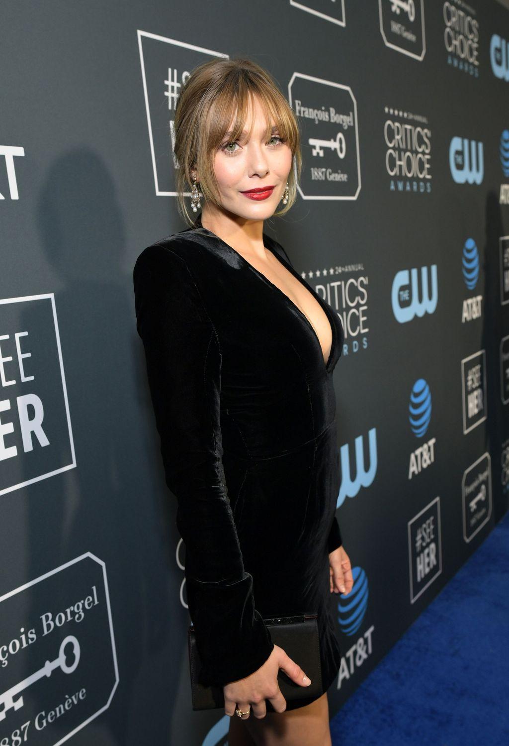 SANTA MONICA, CA - JANUARY 13:  Elizabeth Olsen attends the 24th annual Critics' Choice Awards at Barker Hangar on January 13, 2019 in Santa Monica, California.  (Photo by Jon Kopaloff/Getty Images)