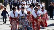 Wanita-wanita Cantik Ini Kumpul Rayakan Hari Kedewasaan di Jepang