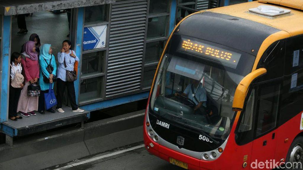 Rayakan HUT DKI ke-492, Hari Ini Transjakarta Gratis!
