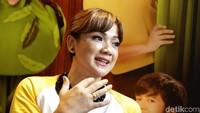 Nirina banyak bercerita tentang keterlibatannya dalam film Keluarga Cemara. Foto: Palevi/detikHOT