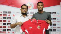 Teja Paku Alam Kiper Semen Padang FC Itu Dulu Karateka Lo
