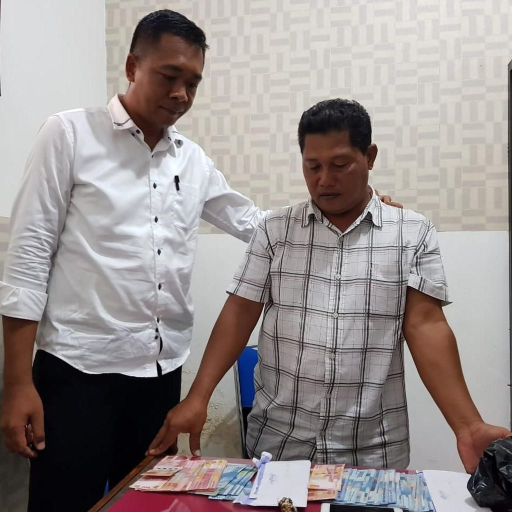 Palak Dana Rehab Masjid Pascagempa NTB, BA Kantongi Rp 105 Juta