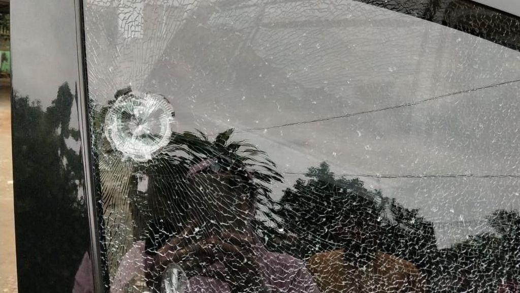 Polisi: Mobil Hj Rukayah Ditembak Airsoft Gun, Pelaku Dikejar