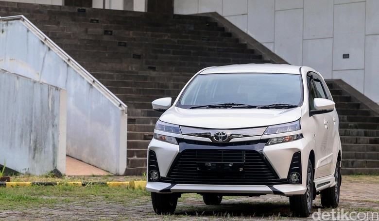 Toyota Avanza. Foto: Ari Saputra