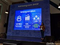 Elvira Jakub, Corporate Marketing Director Samsung Electronics Indonesia