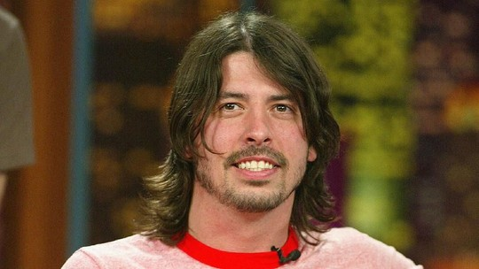 HBD Dave Grohl! Anak Guru, Drop Out dan Jadi Rock Star