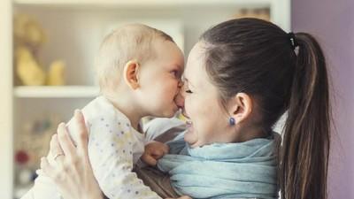 4 Langkah Mudah Menghentikan Kebiasaan Si Kecil yang Suka Menggigit