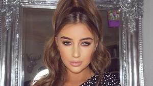 Potret Mantan Pelayan Cantik yang Jadi Artis karena Bintangi Reality Show