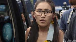 Gaya 3 Wonder Woman Dangdut Semarakkan HUT Transmedia