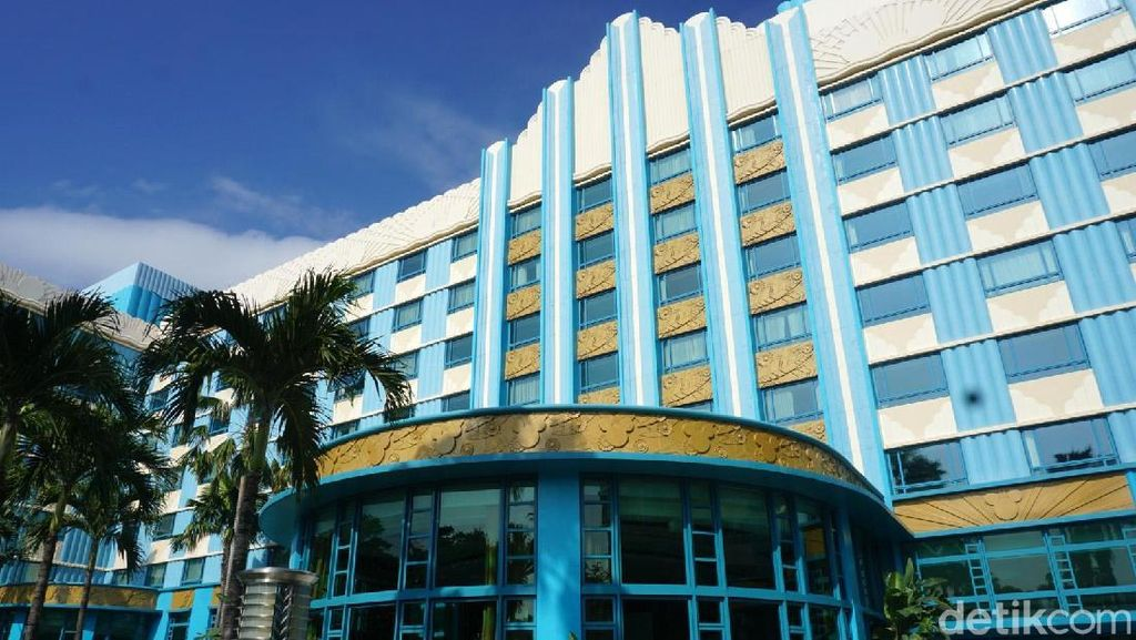Berkeliling di Disney Hollywood Hotel
