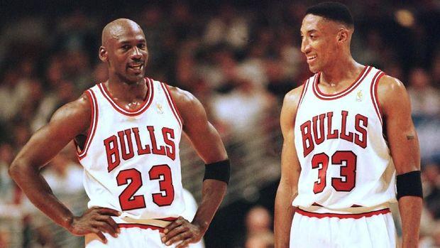 Michael Jordan mengklaim Kobe Bryant mencuri gerakannya.