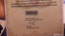 Penasaran kayak apa sih penampakan sertifikat layak kawin? Begini lho penampakannya dari berbagai Puskesmas di DKI Jakarta.