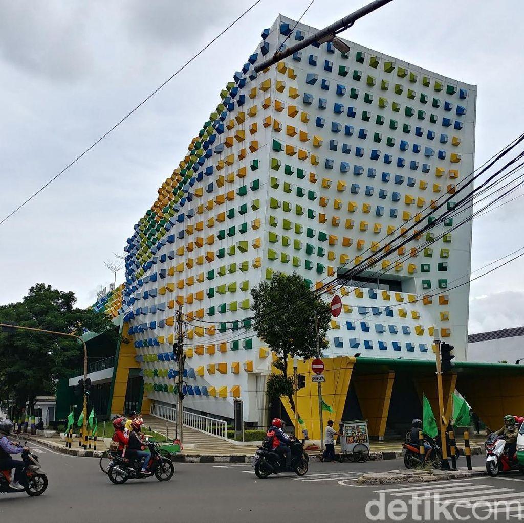 Balada Ruang Kreatif Bak Gedung Hantu di Bandung