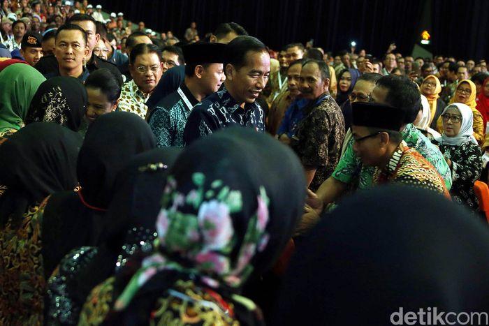 Presiden Joko Widodo (Jokowi) menghadiri peluncuran Program Wirausaha Aparatur Sipil Negara (ASN) dan Pensiunan.