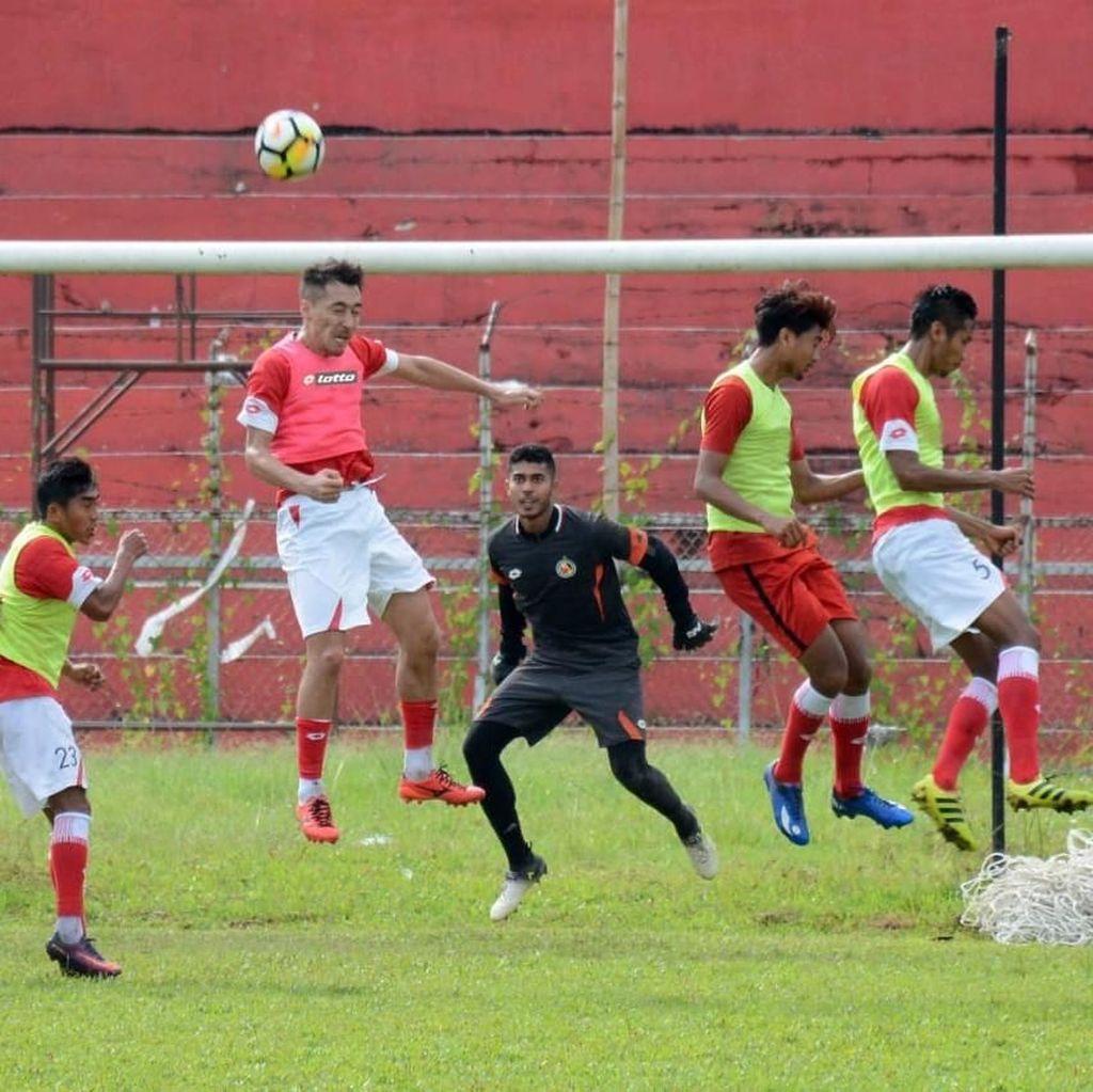Semen Padang FC Resmi Kontrak 21 Pemain