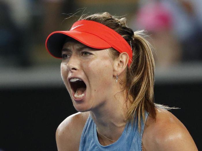 Maria Sharapova lolos ke babak ketiga Australia Terbuka untuk berjumpa Caroline Wozniacki. Foto: Adnan Abidi/Reuters