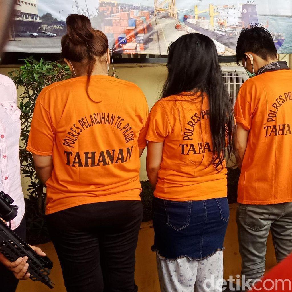 Polisi Dalami Peran 2 Perempuan yang Ditangkap Bareng Aris Idol
