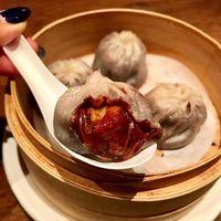 Bukan Sup, Xiao Long Bao Disini Isinya Banana Nutella yang Lumer