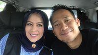 Denny Cagur dan Istri Kenang Awal Pernikahan