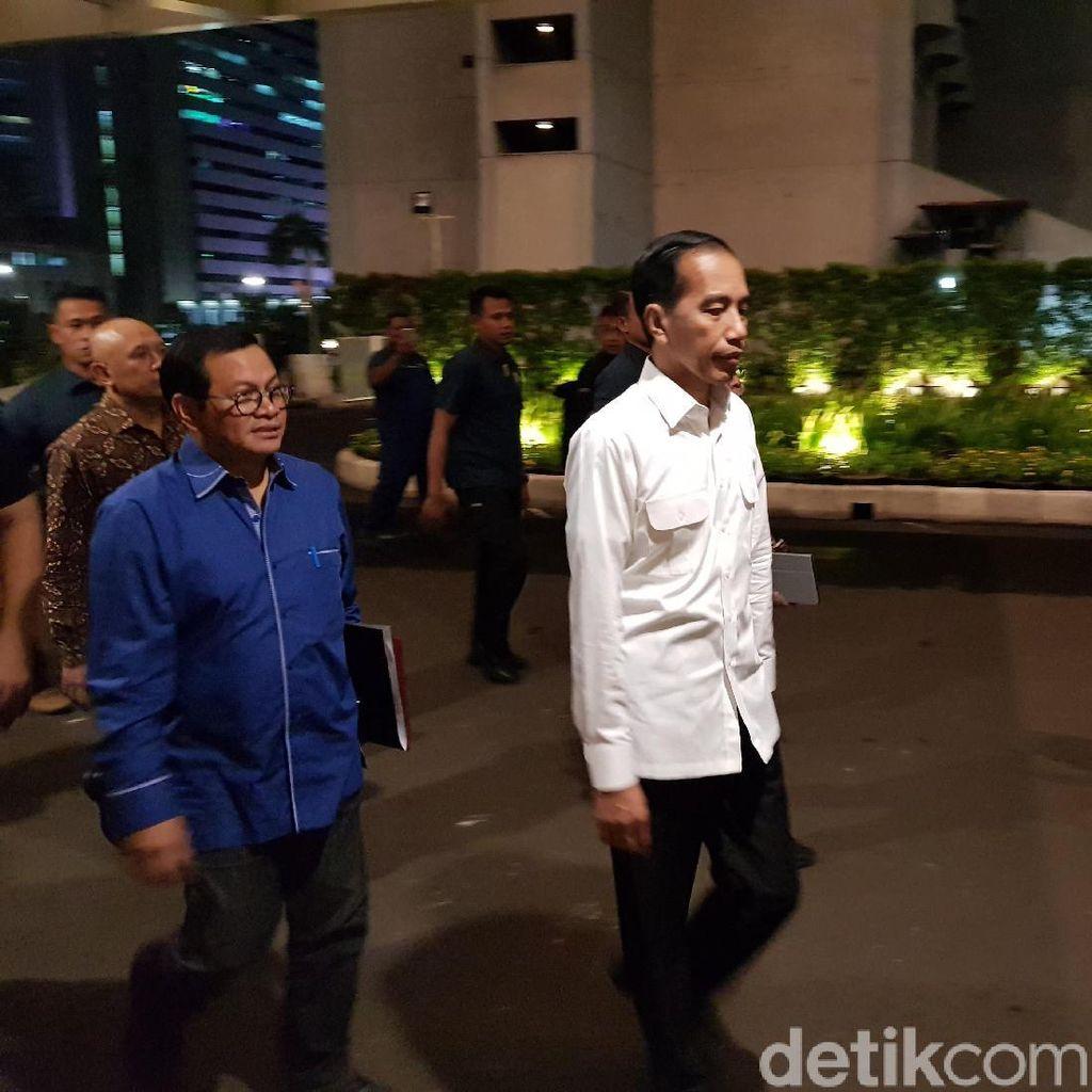 Jokowi Tiba di Djakarta Theatre untuk Latihan Debat