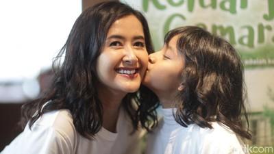 Pelajaran Berharga Film Keluarga Cemara bagi Widi & Widuri