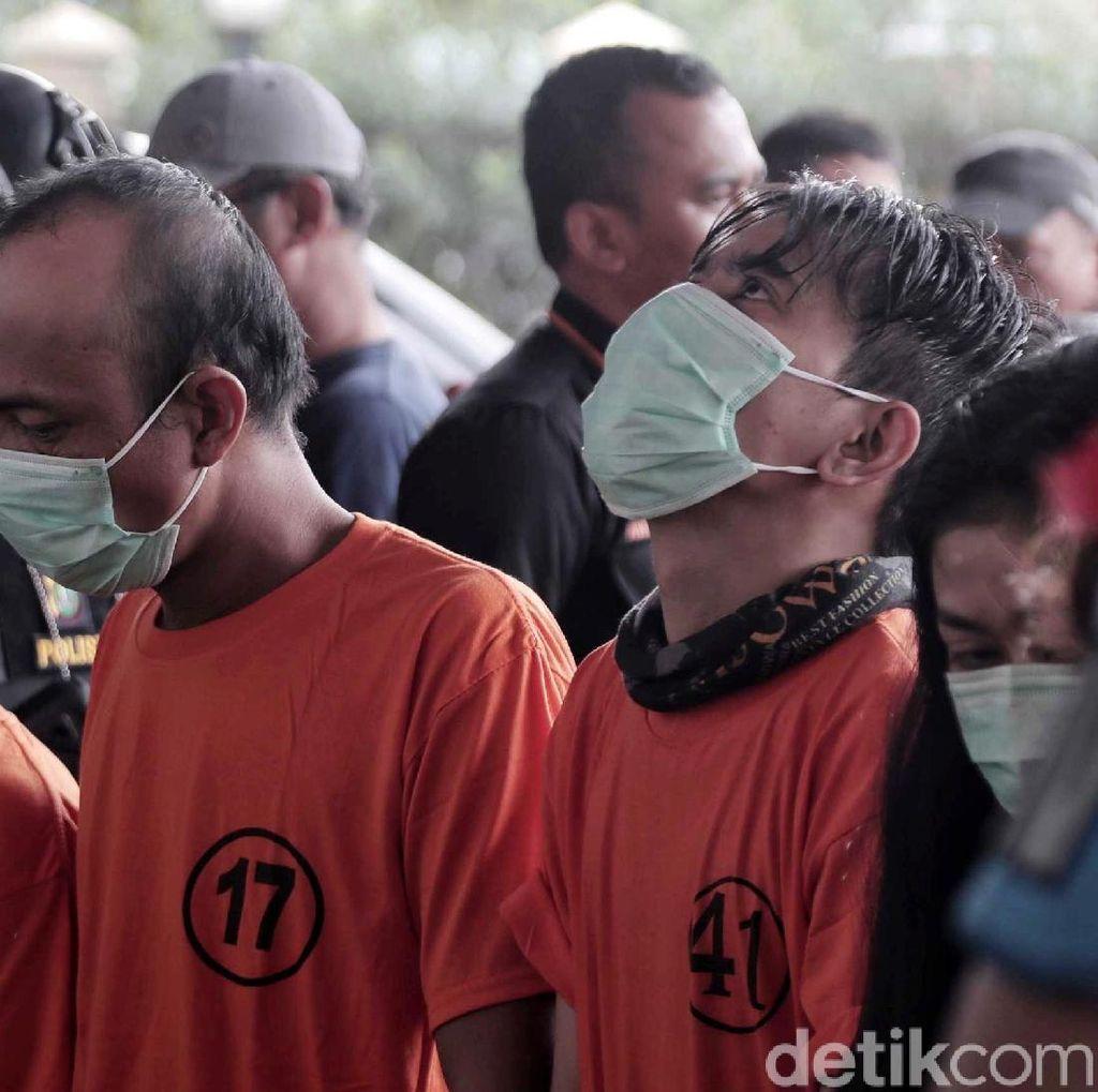 Rasa Penyesalan Aris Idol Setelah Berbaju Tahanan