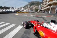 Beberapa event atau festival seni dan budaya digelar tiap tahun, plus balapan Grand Prix Formula 1. Tak ayal, tujuannya supaya lebih banyak mendatangkan turis (Reuters)