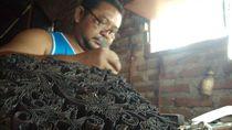 Perajin Batik Rentan Dermatitis Akibat Pemakaian Naftol