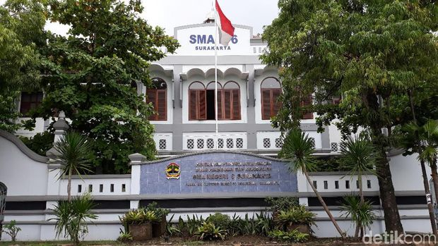 Di Ijazah Tertulis SMPP, Kok Jokowi Disebut Lulusan SMAN 6 Solo?