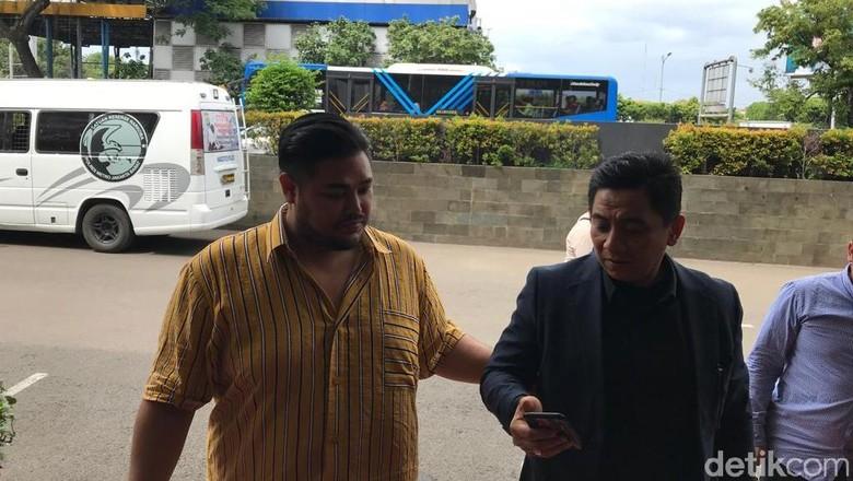 Ivan Gunawan Penuhi Panggilan Polisi soal Kasus Narkoba Asistennya
