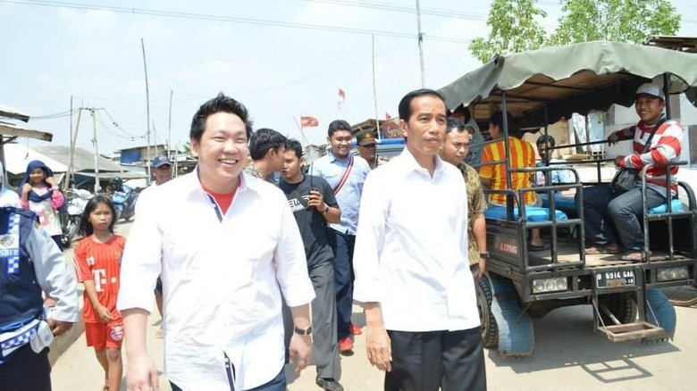 PDIP: Fitnah Earpiece Dimainkan BPN karena Jokowi Bikin KO Prabowo
