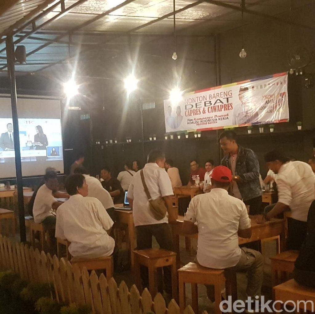 Pendukung Jokowi di Banten Nobar di Kafe, Tim Prabowo di Kantor DPC